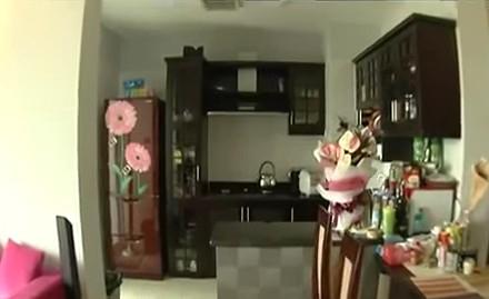 siêu mẫu Thanh Hằng có đôi chân dài 1m2
